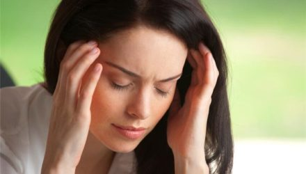 Найдена причина частых головных болей у женщин