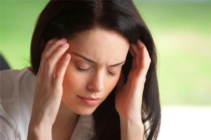 причина частых головных болей у женщин