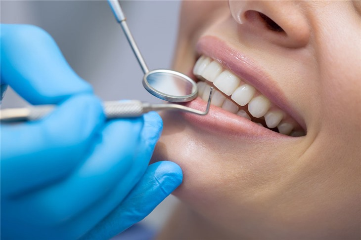 В США нашли альтернативу зубным пломбам