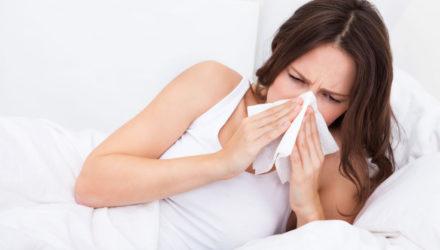 Как сбить температуру? Лечение гриппа у беременных и кормящих
